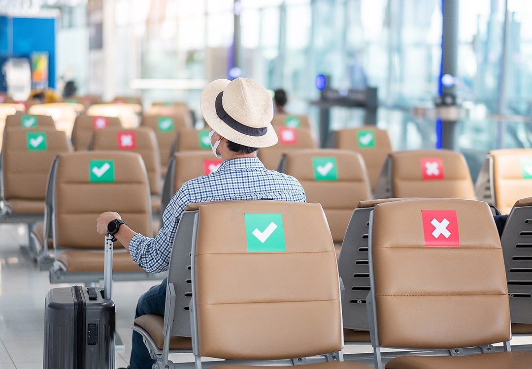 Volare in sicurezza: regole da seguire tra corona virus e aerei